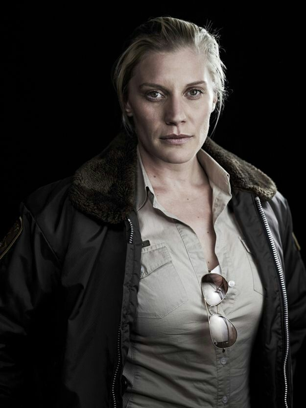 Katee Sackhoff love her in this tv series