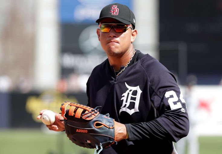 Opinion: 10 players primed for regression in 2018.  Positive Regression Candidates -   Miguel Cabrera, 1B, Detroit Tigers