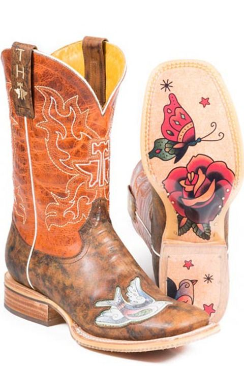Show the world you mean business in Tin Haul Ink'd Cowgirl Boots #weddings