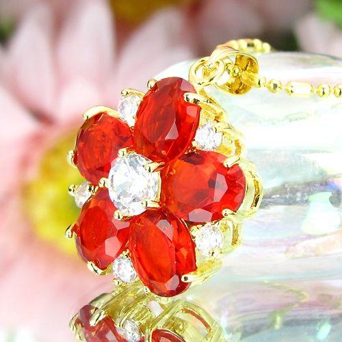 Pandantiv floare placat cu aur galben 18k cu rubin rosu