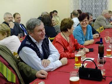 Čermná – Žádná historická událost nebo politická situace za posledních šedesát let nemohla odradit ženy vČermné od pořádání tradičního Kateřinského věnečku.