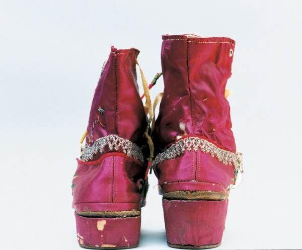 Frida Kahlo: il suo armadio nascosto in mostra dopo 50 anni (FOTO)