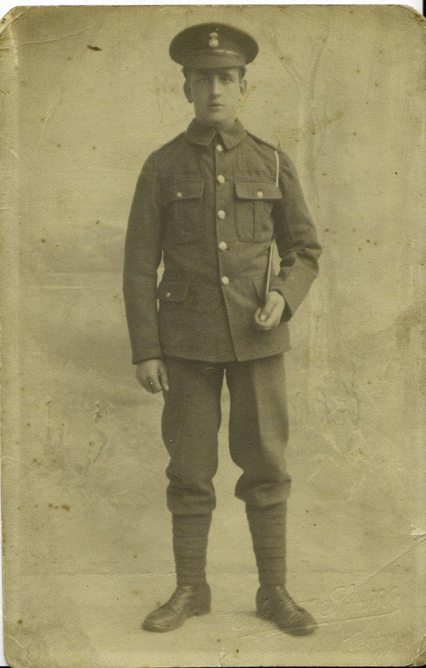 Powell, Rees Pte  19765 8 RWF went to the Balkans on 30th July 1915 Demobbed 8th April 1919  1915 Star, Victory and British War Medal.