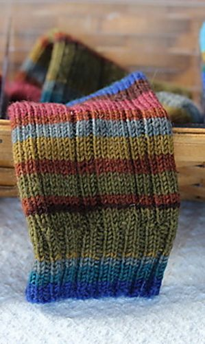 chili pepper socks- free pattern , Ravelry