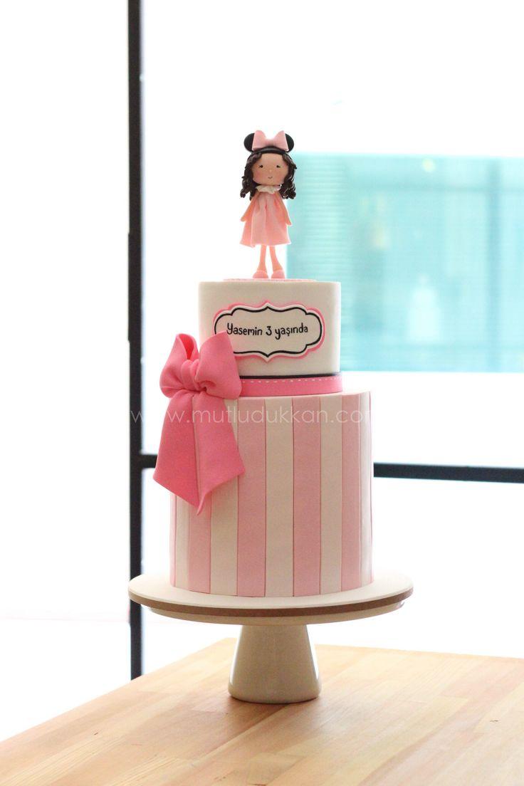 Minnie mouse birthday cake - www.mutludukkan.com