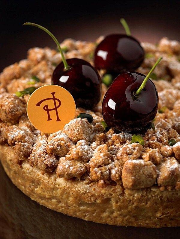 Tarte croustillante aux cerises & pistaches - Pierre Hermé