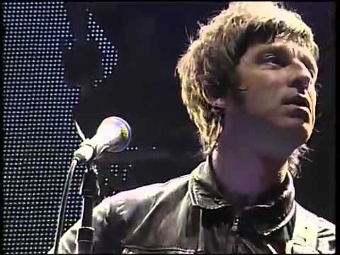 Noel Gallagher - Emotional version of Don't Look Back in Anger ~ LOVE this to bits!!