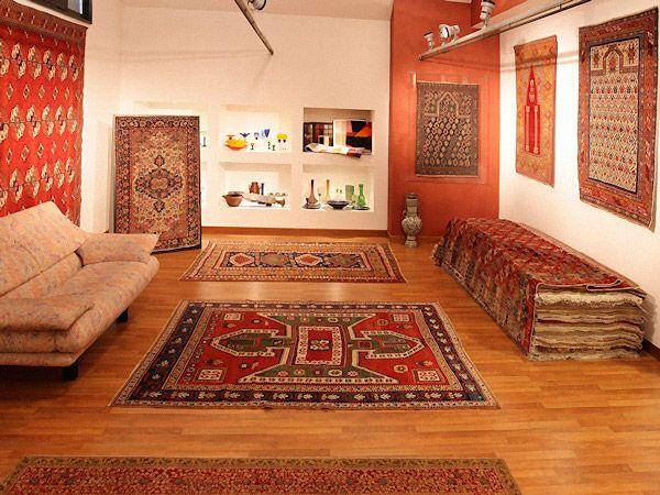 KAZAK SEVAN ANTIQUE RUG • Showroom tappeti - Splendide foto dei nostri pezzi di arredamento, consulta le immagini e approfitta delle nostre offerte!