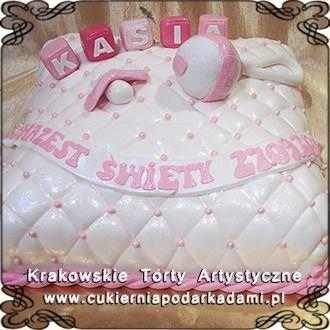 038. Tort o kształcie poduszki na chrzest dziewczynki. Pillow cake for girl's baptism.