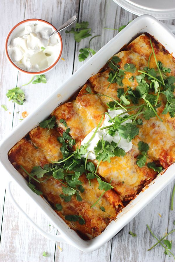 Classic Chicken Enchiladas - SO delicious!