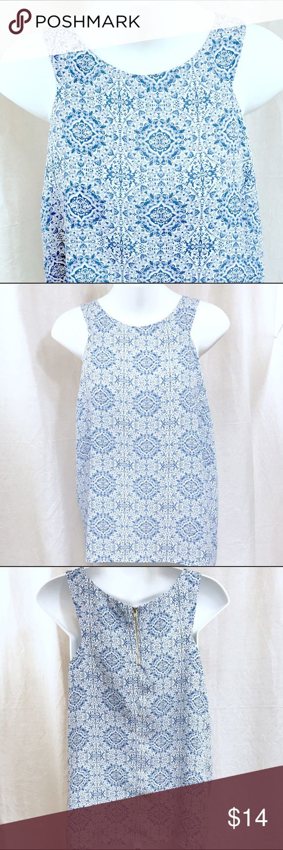 PAPER CRANE Blue White Sleeveless Blouse - SMALL This gorgeous classy sleeveless blouse is in excellent condition! It has been very gently worn. There are no spots or flaws on it. Paper Crane Tops Blouses