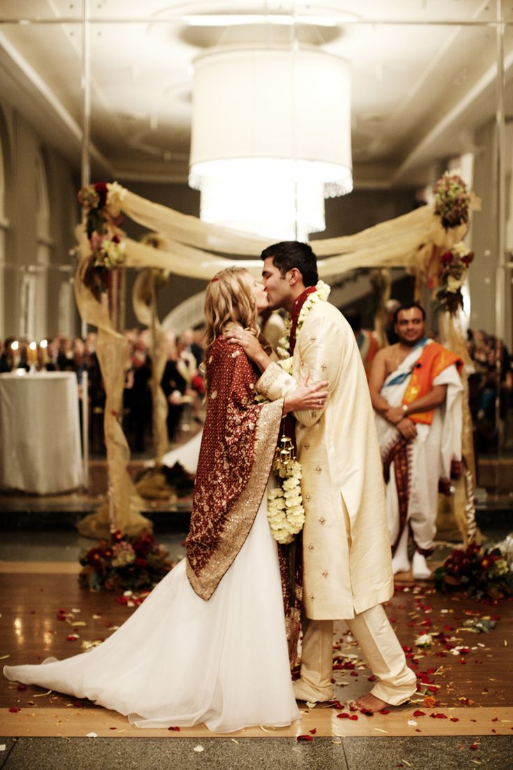 Ravishing Multicultural Soirée in the Twin Cities by Photogen Inc. - Project Wedding Blog