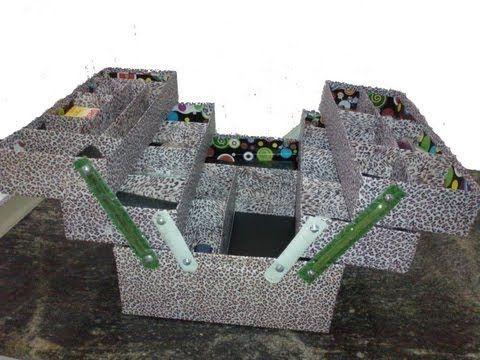 maleta de papelão! muito boa a idéia  https://www.facebook.com/natyevilella/videos/414143705438555/
