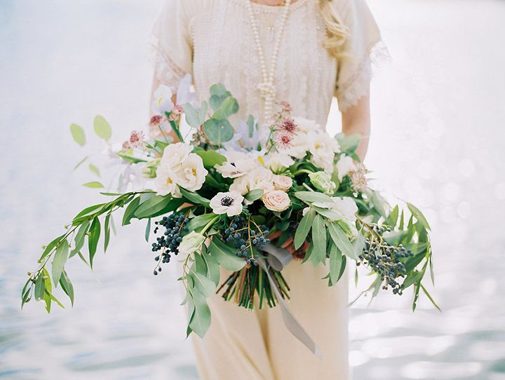 Bridal Bouquet Base : Broad base wedding bouquets to covet blue and we