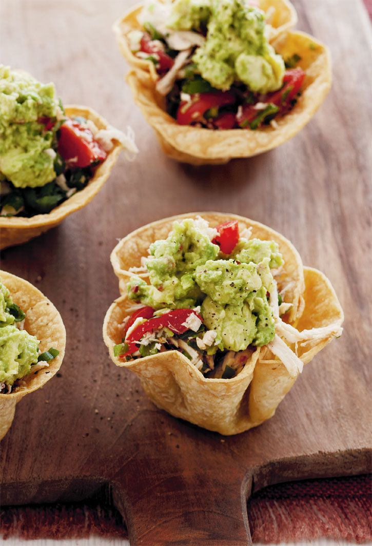 Mexican chicken tortillas with avocado. Tortilla bowls are easy to make ahead and fill just before serving. #Woolworths #recipe #mexican http://www.woolworths.com.au/wps/wcm/connect/Website/Woolworths/FreshFoodIdeas/Recipes/Recipes-Content/mexicanchickentortillaswithavocado