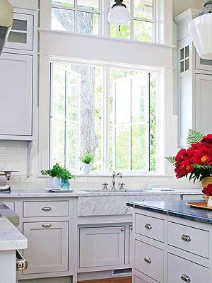 Hiring a Kitchen Remodeling Contractor: article and remodeling guide