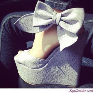 bow wedges.: Fashion, Style, Bows, Heels, Shoes Shoes