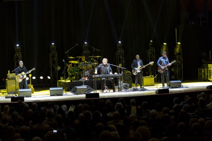 Burton Cummings & Band performing at Massey Hall in Toronto for the 2014 Canada's Walk of Fame Festival.