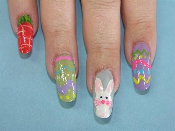 Easter nails!! Super cute❤