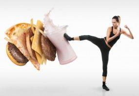 Wie behält man sein Ziel in den Augen, wenn überall süße und kalorienreiche Versuchungen lauern? Mit den 6 Motivations-Tipps zum effektiven Abnehmen von Gloryfeel