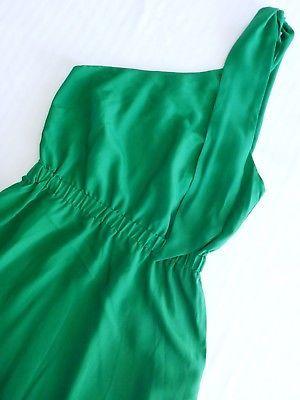 Bar III Women:s XS One Shoulder Kelly Green Dress