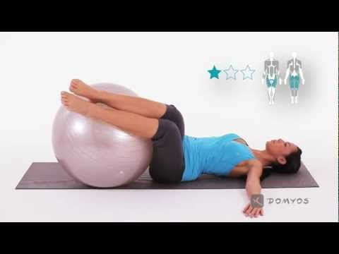 Exercice 3 musculation jambes, abdos, épaules, lombaires - Gym Ball - Domyos - YouTube