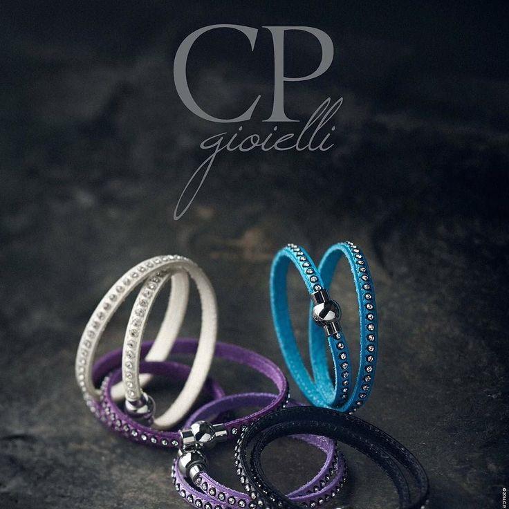 Leather bracelet. www.cpgioielli.it - http://ift.tt/1PdsqRD #gioielli #gioielleria #oreficeria #argento #jewellery #jewelry #silverjewellery #silver #silver925 #precious #fashion #design #quality #madeinitaly #top #news #trend #shopping #Afroditejewels #cp #perle #vicenza #oro #january2016 #diamanti # Italia #gold #handmade #italiandesign #bracelet #leather