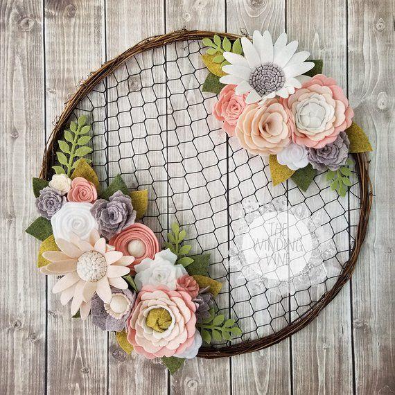 Felt Flower Wreath / Chicken Wire Wreath / Rustic Wedding / Rustic Decor / Boho Decor / Boho Wreath / Blush Wedding / Farmhouse Decor