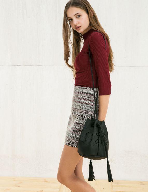 La Moda Borse per Ragazze: 10 proposte per le più giovani moda borse per ragazze Bershka