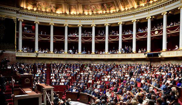 Les députés ont commencé à examiner lundi soir le projet de loi visant à restaurer la confiance dans l'action publique. Une promesse d'Emmanuel Macron s'est déjà envolée.