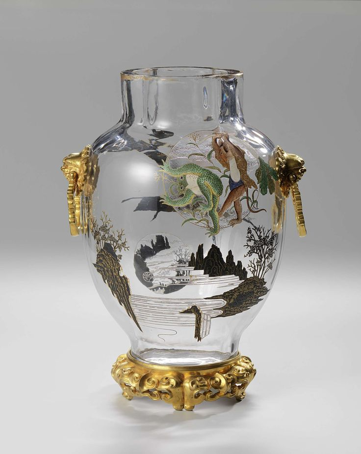 Vaas van glas met oren van verguld brons en met los voetstuk van verguld brons, Escalier de Cristal, ca. 1875 - ca. 1880