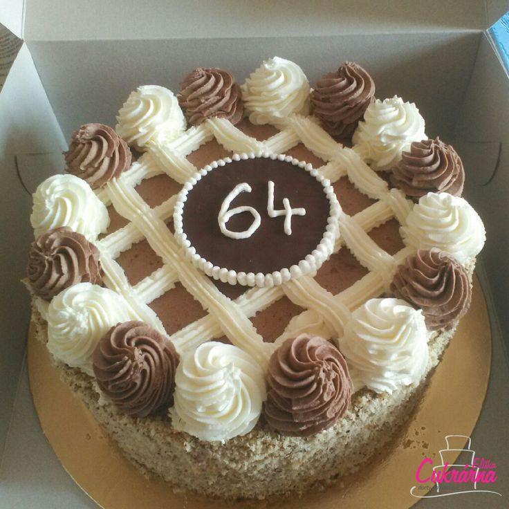 DORT HARLEKÝN :-) čokoládový korpus s vanilkovou a čokoládovou šlehačkou obalený oříšky :-) #3ddorty #cukrarna  #cukrarnaeliska  #dorthatlekyn