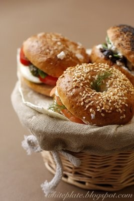LOW CARB BAGELS: and low carb bread.{Mmmm, bagels. Loaded or with a simple swipe of cream cheese or jam, I love em all! In my house, we often had bagel breakfasts on the weekends with cream cheese, sautéed mushrooms, bean sprouts, veggies, chorizo, anything! So. Good.} #lowcarbbagels