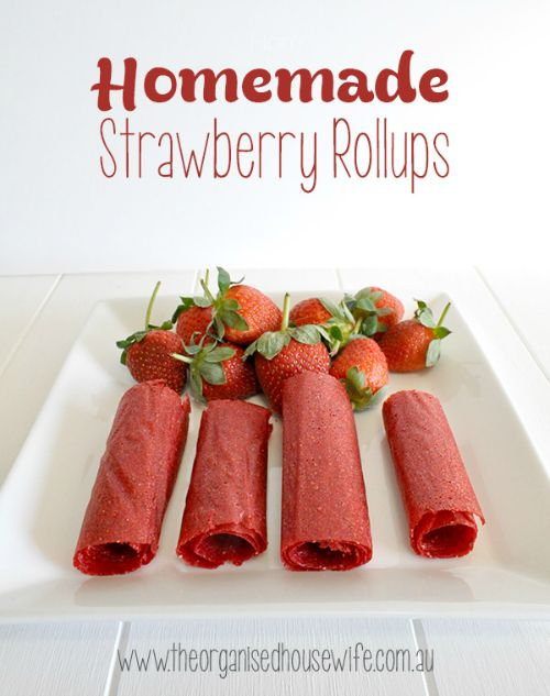 Sugar free, homemade strawberry 'rollups' - perfect for lunch boxes!   Click through to recipe