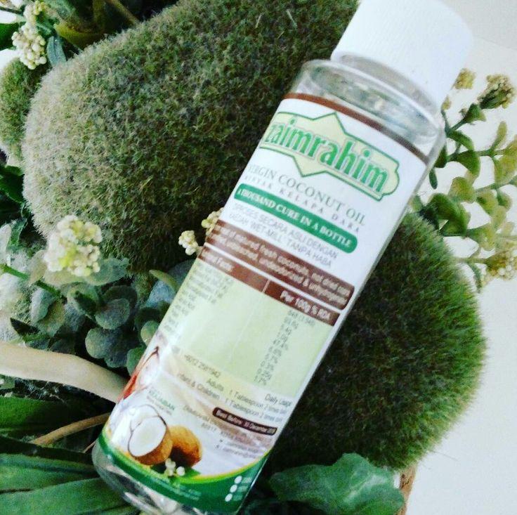 Tingkat daya tahan anda di musim jerebu ini. #vco #minyakkelapadara #mybiznes2u. 150ml. RM 39.90. PM @WA 0173035288. #pengedar dialukan! MINYAK KELAPA DARA adalah 100% organik dan diperolehi daripada pohon kelapa yang hidup secara semulajadi. Menggunakan kelapa matang berkualiti, tanpa menggunakan haba dan tidak diproses secara kimia. MINYAK KELAPA DARA mengandungi nutrien seperti vitamin E yang terkandung didalam MINYAK KELAPA DARA tidak rosak atau hilang.  KHASIAT MINYAK KELAPA DARA :