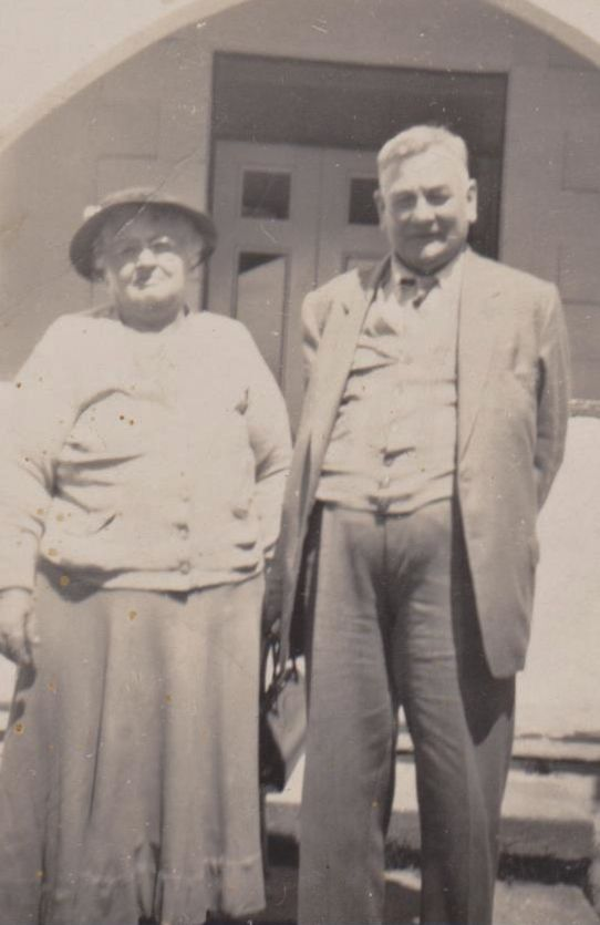 Flo & Bill Williams, lived Cremorne, NSW.