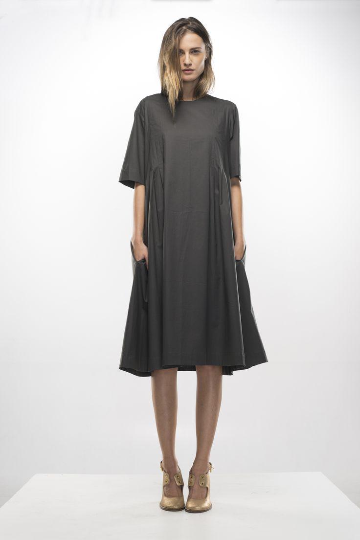 http://shop.adelinaivan.com/en/clothing-3/dresses-6/grey-dress-with-side-pleats-183/