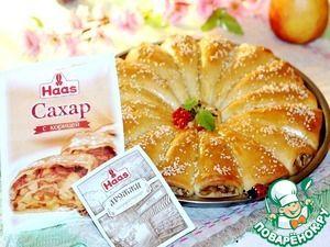 Рецепт: Пирог рожковый с карамельными яблоками