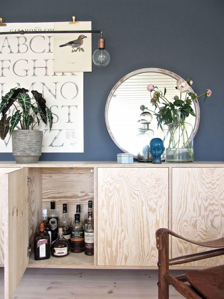 Snygga väggskåp & väggfärgen! Alcro Sotare i Lady Pure Helmatt