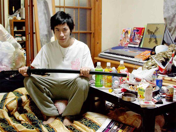 Хикикомори — самоизоляция от общества (японская культура)... 7 % населения Япониии!!!