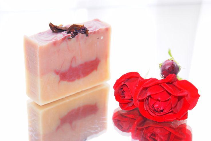 kecsketejes rózsa illatú szappan