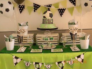 Una mesa tematica futbolera, para Nacho que cumplio 9 años. Cup cakes, cake pops y cookies dieron un marco super especial a esta...
