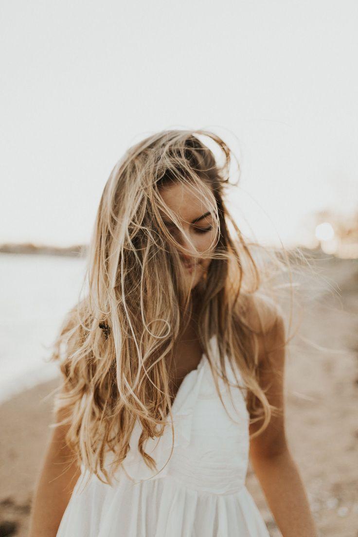 Golden Hour Beach Photoshoot | Victoria Veneziano Photography – Elsa Van Nieuwenhuyzen