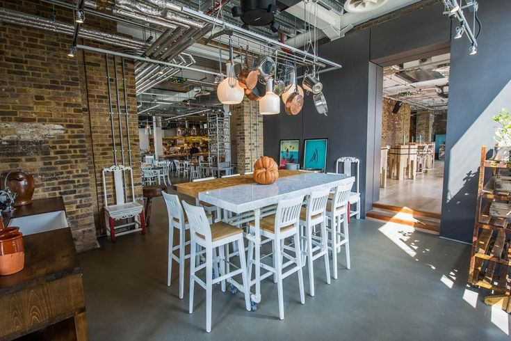 grain-store-restaurant-by-russell-sage -- love the mix table idea