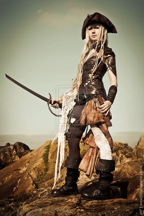 If I was a pirate I like to think that I would be like this- only with black hair.. XD