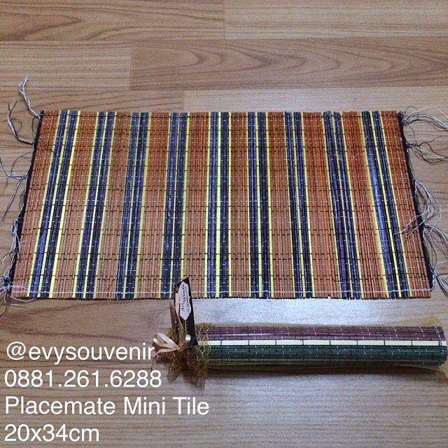 Souvenir Placemate Mini Tile, warna kain tile bisa request.  Rp…