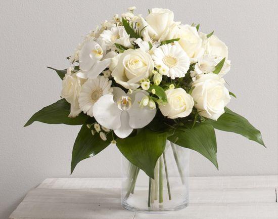 Id e de fleurs pour mariage adonis bouquet rond de for Bouquet de fleurs 974