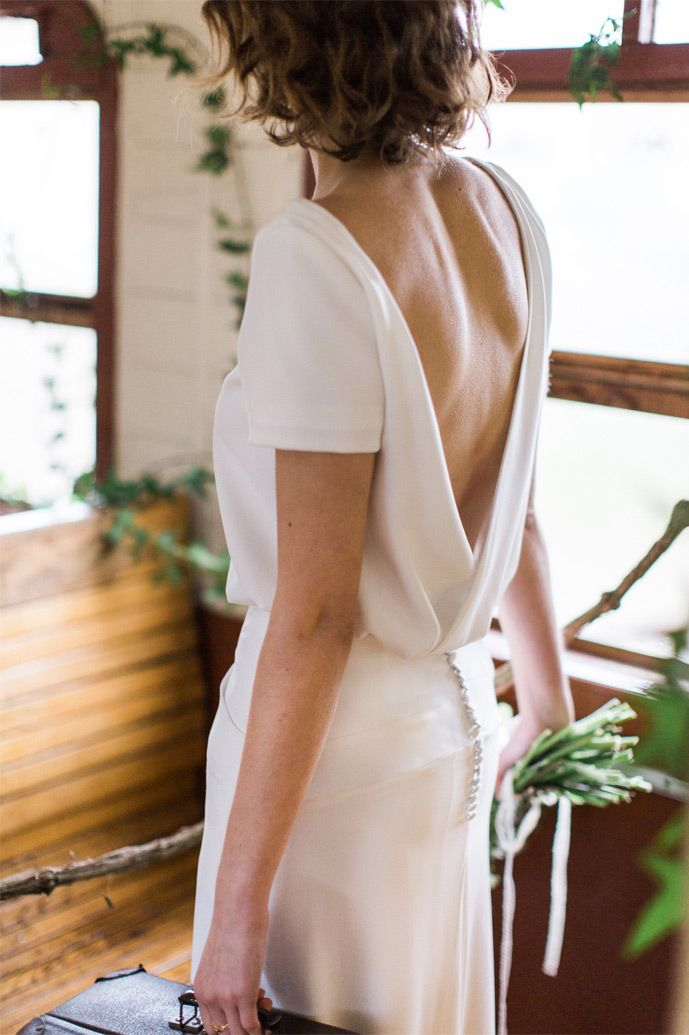 Carnets de mariage - Robes de mariée - Collection 2016 - Paris | Modèle: Ensemble n°16 | Photographe: Yann Audic - Lifestories | Donne-moi ta main - Blog mariage
