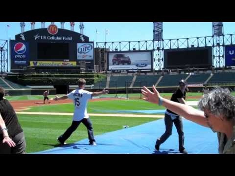 Gordon Beckham leads people with Parkinson's in stretches