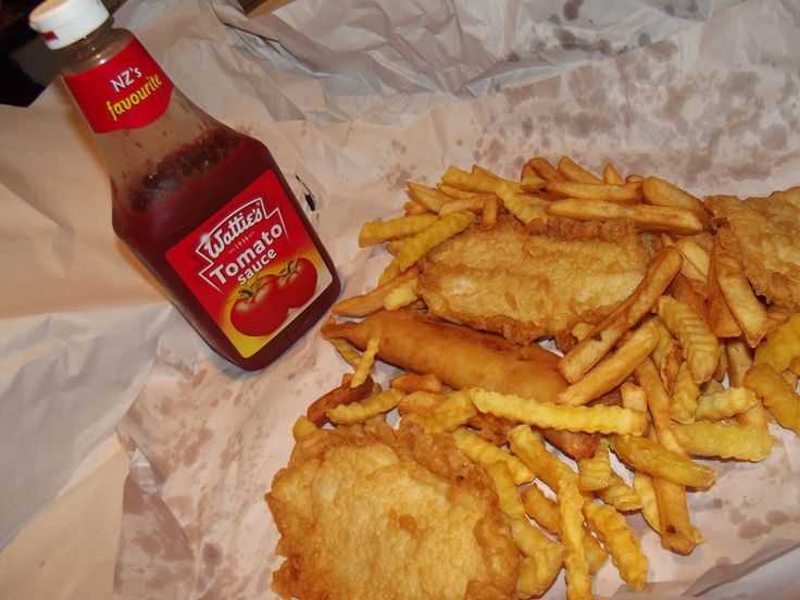 Classic fish and chips with nz watties tomato sauce for Fish and chips sauce